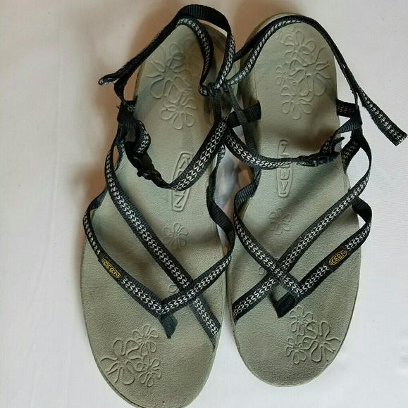 ce8e3a5c5b0f Keen Shoes - KEEN Women s Sz 9.5